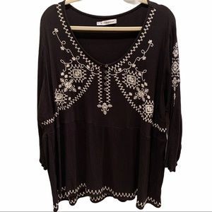 Maurices Boho Black Embroidered Tunic Top Sz 3X